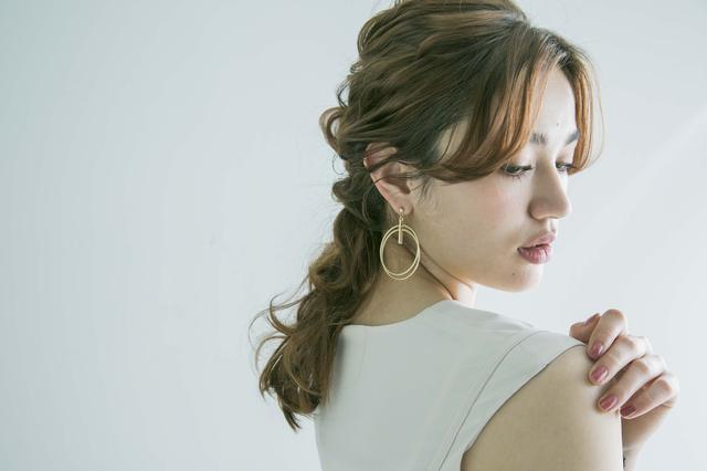 画像4: 人気美容師による最旬アレンジテクニックブック『#かねこアレンジ』
