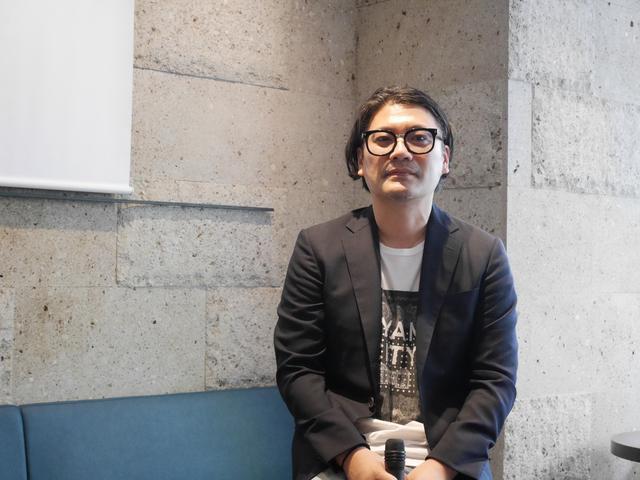 画像: 新制服デザインは、ファッションデザイナーの丸山敬太氏