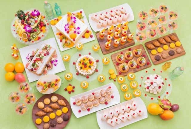 画像: 夏のフルーツを使ったデザート20種類とパティシエ特製パフェ