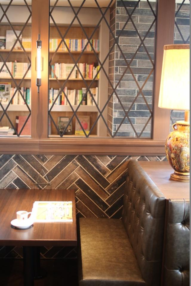 画像3: 「本と珈琲 梟書茶房」が池袋にオープン!