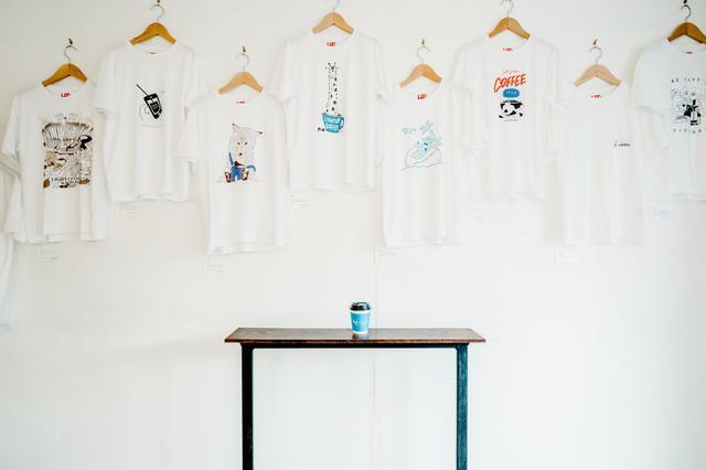 画像1: 吉祥寺LIGHT UP COFFEEにて「コーヒーにまつわるTシャツ展」を開催!