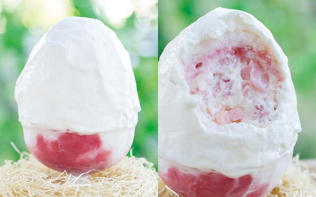 画像: 白桃かき氷 ¥1,400(税別)   7月中旬発売予定 《説明》ゴロっと入ったフレッシュの白桃とコンポートした白桃が入っています。 特製の白桃ソースと練乳ムー スのソースはこの旬だけの味わいです。