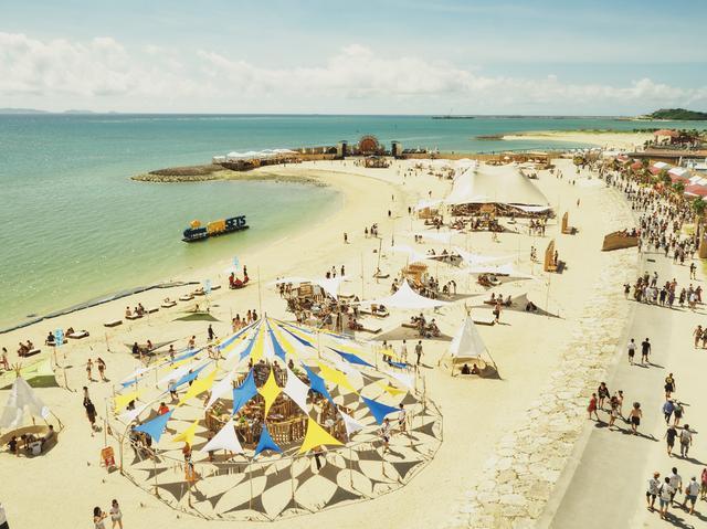 画像2: 灼熱の美らSUNビーチで15,000人が音楽に酔いしれる…