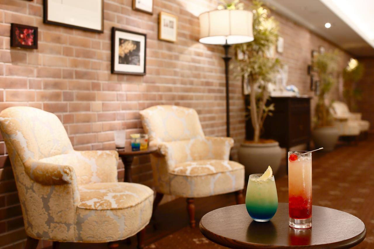 画像: 「星空テラス~Cafe & Bar~」の惑星カクテルを深夜まで!
