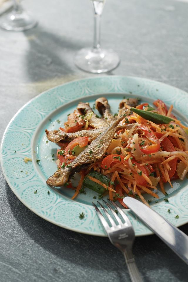 画像: 豆あじと夏野菜のエスカベッシュ 丸ごと食べられる豆あじでカルシウムも補給。