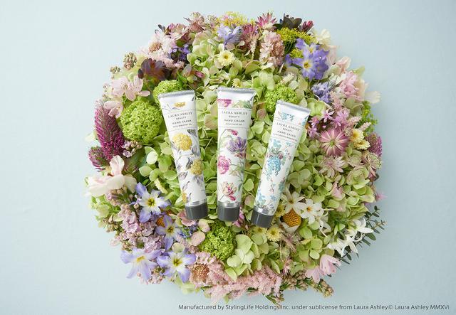 画像2: 『ローラ アシュレイ ビューティ』ハンドクリームより、イングリッシュガーデンを想わせる花々の新しい香りが新登場!