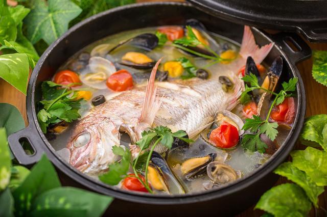 画像: 銚子直送鮮魚のアクアパッツア
