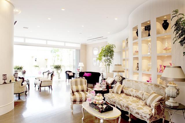 画像6: 大人かわいいフォトジェニックな邸宅で楽しむ、一日限定のデザートブッフェ!『アリスのハロウィンパーティー』開催