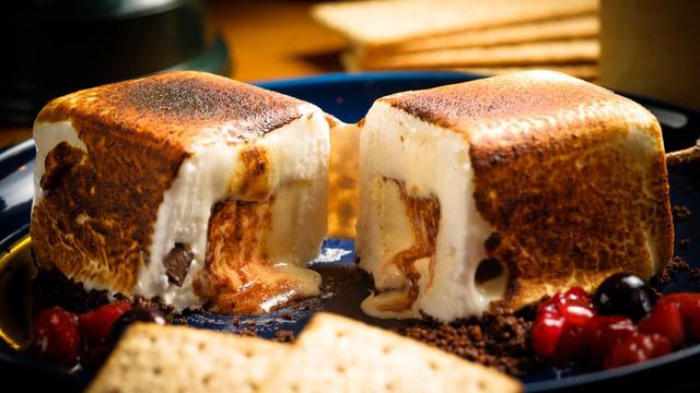 """画像3: この夏SNSで話題の""""グランピング""""料理を堪能!ダッチオーブンで旨味溢れる肉料理を体験"""