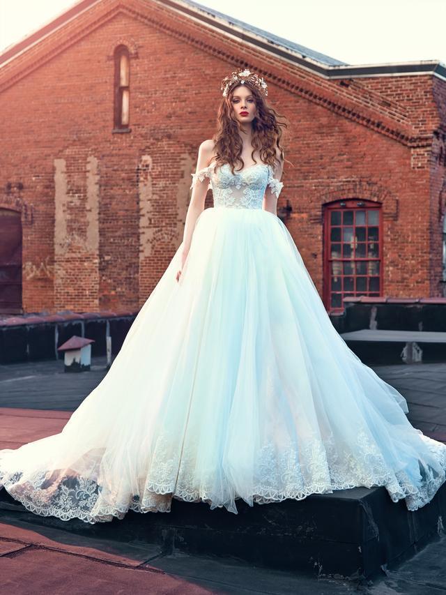 画像1: 待望のドレス「Cinderella」のオーダーがスタート!