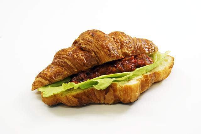 画像: ●ラタトゥイユ 430円 コトコトと柔らかくなるまで煮込んだラタトゥイユのサンドイッチ