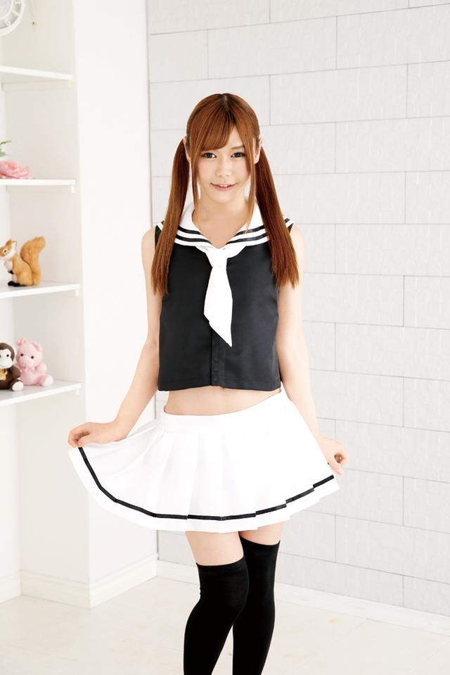 画像: ノースリーブセーラー服  3,456 円(税込)