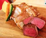 画像: 野菜のアイデケーノ/熟成国産牛と熟成国産豚の食べ比べ