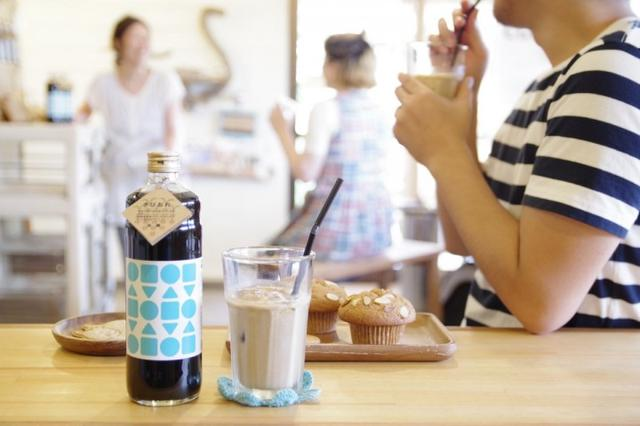 画像3: 自家焙煎のスペシャリティコーヒーと奄美群島産さとうきびを原料にしたシンプルな無添加素材のカフェオレベース飲料