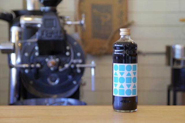 画像2: 自家焙煎のスペシャリティコーヒーと奄美群島産さとうきびを原料にしたシンプルな無添加素材のカフェオレベース飲料