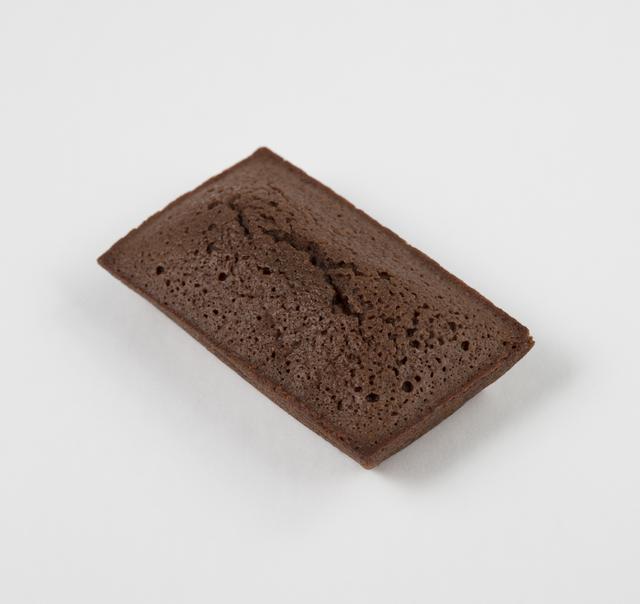 画像: ●フィナンシエ ショコラ リンツの高品質のチョコレートを練り込んだ生地は、カカオの風味がしっかりと感じられます。