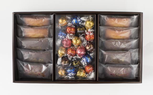画像: ●焼き菓子ギフトボックス(フィナンシエ4種10個、リンドール7種20個) フィナンシエ ナチュール        4個 フィナンシエ ショコラ         2個 フィナンシエ ショコラ オランジュ   2個 フィナンシエ ショコラ フランボワーズ 2個 リンドール              7種20個 5,400円(税込)