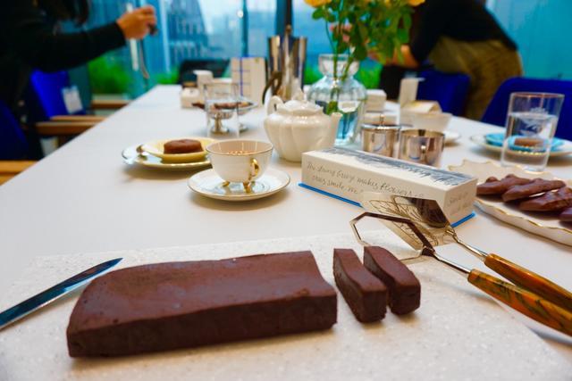 画像: 濃厚なカカオの味わい ショコラテリーヌ