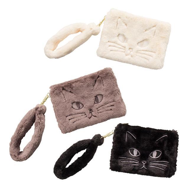 画像: フラワーリング ファーポーチ キャット 各2,200円 まるでネコをお散歩させているみたい!?思わず撫でたくなる滑らかな肌触りが魅力です。しっぽのようなハンドルは取り外しOK。