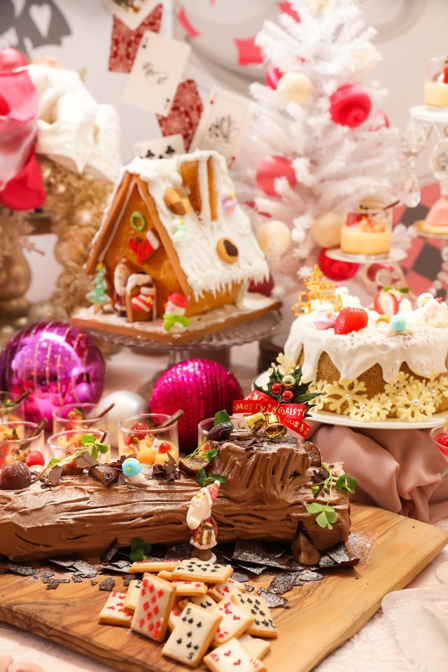 """画像3: """"不思議の国×クリスマス""""がテーマのフォトジェニックなデザートブッフェはいかが?"""
