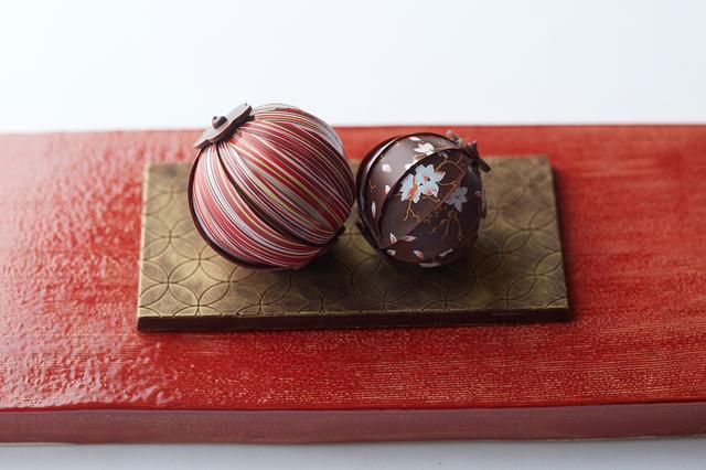 """画像1: Bûche de Noël """"mizuhiki"""" 4,200円(税別) 18.5×8.5cm(高さ8cm)"""