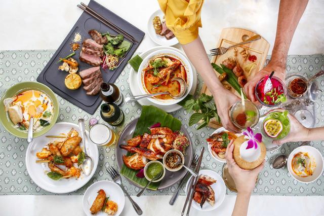 画像1: 西海岸のビーチ・海風・陽光をイメージしたタイ料理レストラン 「Gin Khao」が赤坂にオープン!