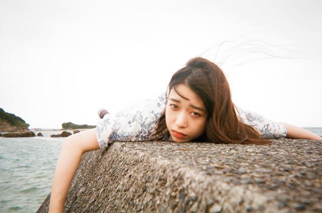 画像: 森川葵 1995年6月17日生まれ。愛知県出身。'10年に雑誌モデルとしてデビュー。ドラマ「先に生まれただけの僕」(日本テレビ系)、映画「先生!、、、好きになってもいいですか?」(10/28公開)、「恋と嘘」(10/14公開)、「リバース・エッジ」('18年2月公開)など待機作多数。