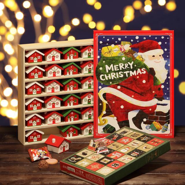 画像: (左上から時計回り) ウッドボックスカレンダー(ハウス)¥3218 オリジナル チョコカレンダー(サンタ) ¥375 オリジナル クリスマス ブックカレンダー ¥756 クリスマスまでのカウントダウンをするための「アドベントカレンダー」を今年も多数ご用意。中に入っているお菓子は開けてからのお楽しみ♪「ブックカレンダー」は開くとクリスマスツリーが飛び出してくる絵本のようなデザイン。「ウッドボックスカレンダー」はアドベントカレンダーとして使い終わった後は小物入れにもなります。
