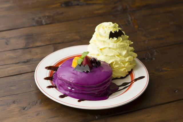 画像: トリックブラッドパンケーキ 1680円(税別)