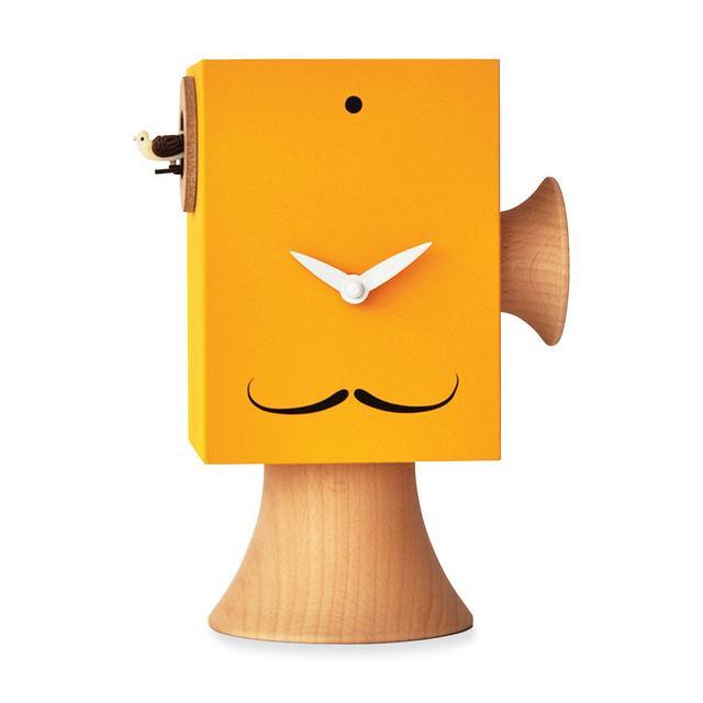 画像: ■ダリ クック― クロック 税抜販売予定価格:35,800円 Salvador Dalí(サルバドール・ダリ)も称賛するような方法で時間を知らせます。この風変りな木製のクロックは、正時ごとに片側にいるカッコーが時を告げ、その返事のように鳥のさえずりと川のせせらぎ音がもう一方にあるホーン型スピーカーから流れます。部屋が暗いときはセンサーにより音のスイッチが切られます。粋な口ひげのモチーフが、かの巨匠を思い起こさせます。 ※2017年10月31日(火)まで