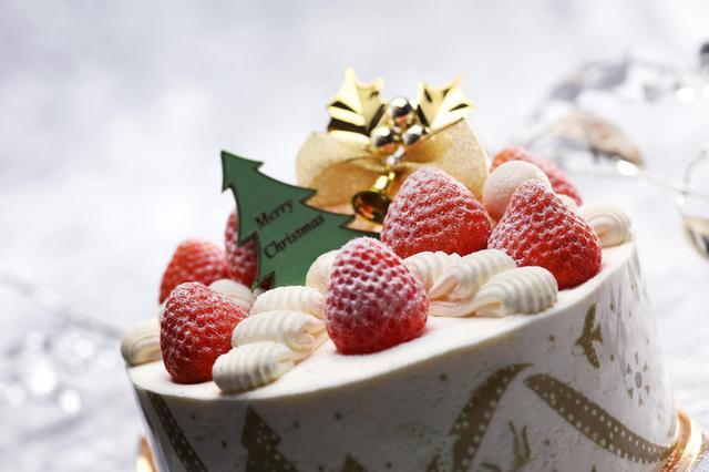 """画像: """"アンリ・シャルパンティエ""""の2017年クリスマスケーキ"""