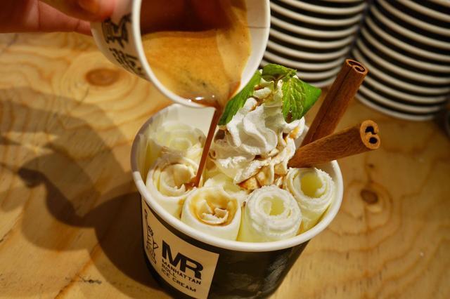 画像: 見て楽しい、食べて美味しい、冬ロールアイス