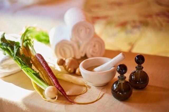 画像: 根菜を全身で体感するプログラム