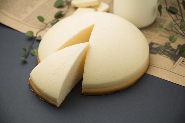 画像2: 新触感の魅惑のチーズケーキ「ミニョン」 「ミニョン」1,500円(税別)