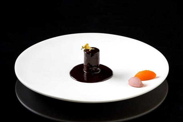 画像2: 野生の恵みを生かした特別料理「王様のジビエ」