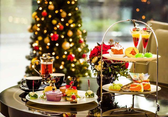 画像: フォトジェニックなスイーツ&セイボリーが並ぶ東京マリオットホテルの「Christmas Afternoon Tea」