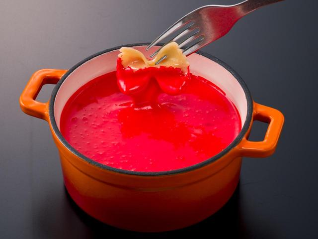 画像: レッド トマトソースフレイバー系チーズフォンデュ