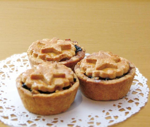 画像: 英国の伝統的なクリスマス菓子 『ミンスパイ』1個470円