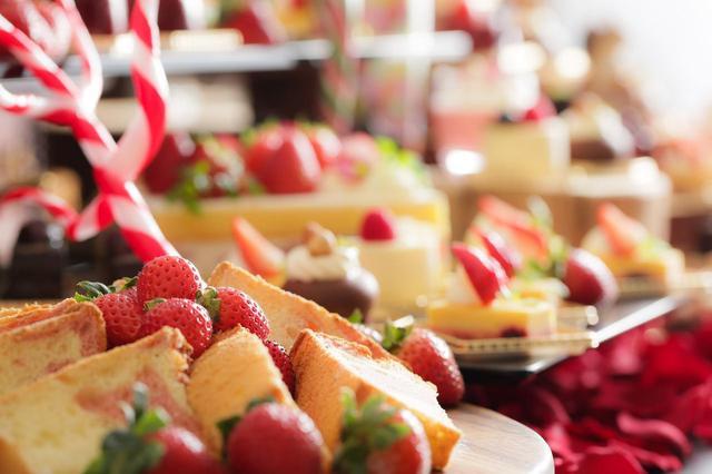 画像3: 恋する季節到来!いちごとチョコレートのハーモニーを楽しめる『バレンタイン デザートブッフェ~恋する苺 and The Chocolate Factory~』