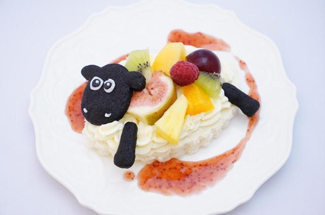画像: ▲シャーリーの季節のフルーツサンドイッチ ¥800(税抜)
