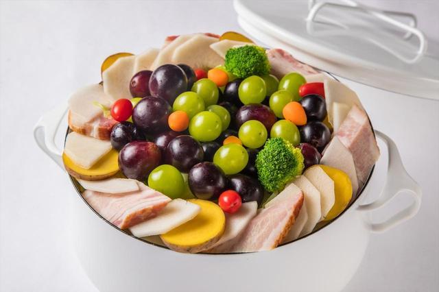 画像: 『葡萄とラフランスのラクレットチーズ鍋』  1台 2,980円
