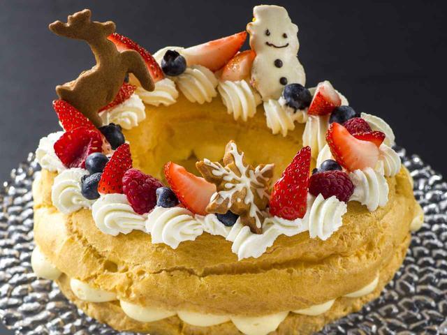 画像: リースのシューケーキ