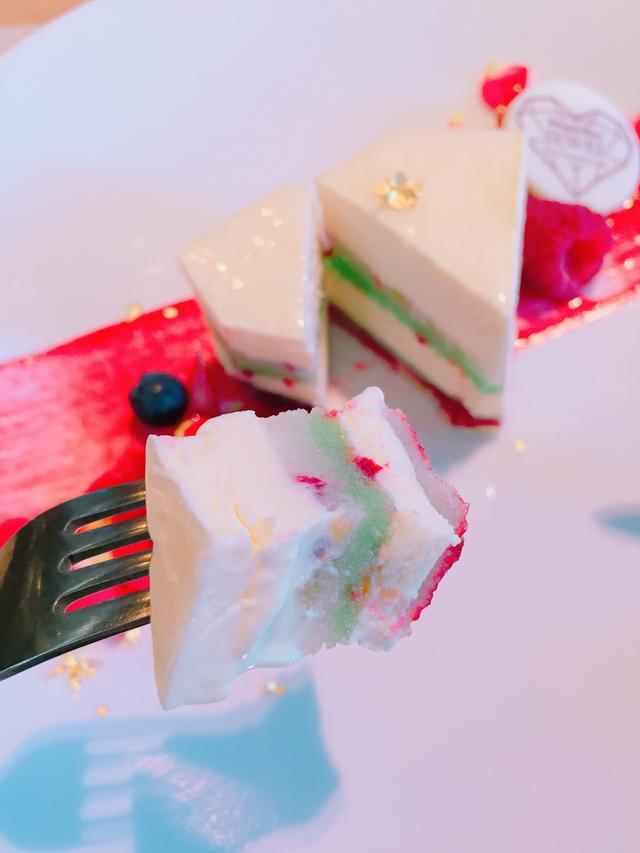 画像4: クリスマスシーズン限定アイスクリームケーキ