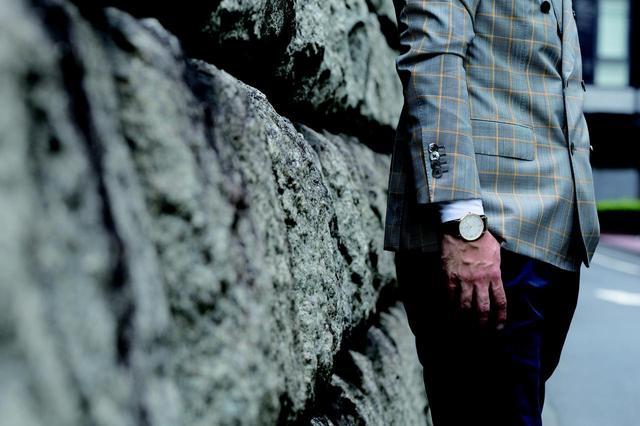 画像1: 洋服を着替えるようにベルトを付け替える UDE sartorialeだけのスタイル