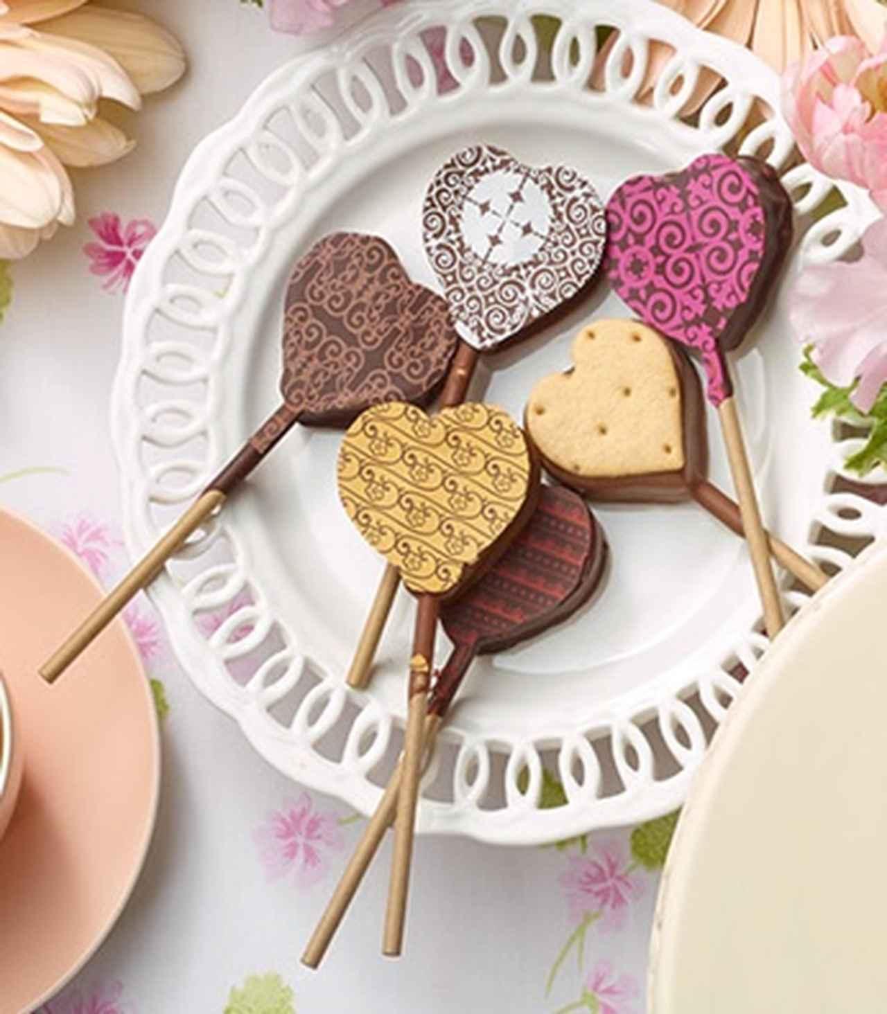 画像: ■クラブハリエ/シュセットショコラ〔6個入〕 2,592円 キャンディー型のハートのチョコレートは、6種類の味が楽しめます。