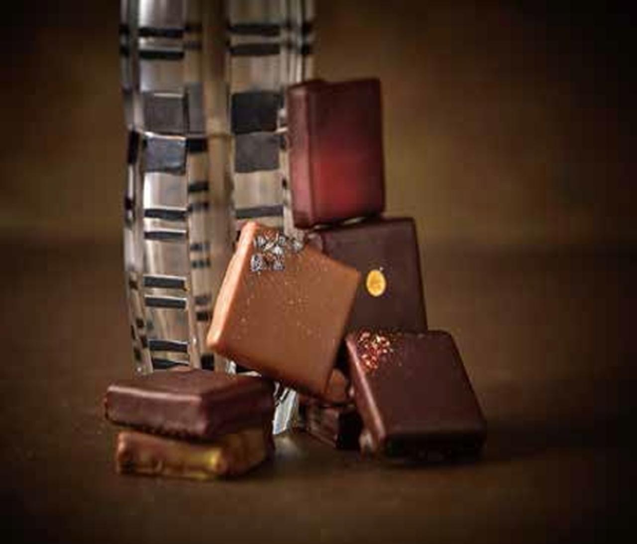 画像: ■アレクサンドル・スターン/ハニーマジェスティ〔9個入〕 3,888円 ハチミツの魅力を存分に引き出した個性的なフレーバーのチョコレート。