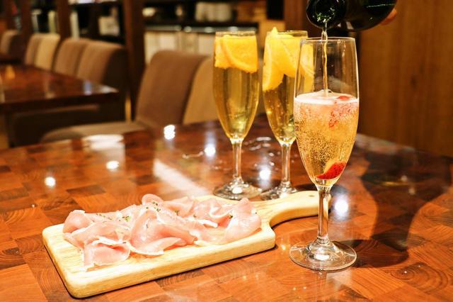 画像3: 女性は1時間1,250円で生ハムと凍結フルーツスパークリングワインが食べ飲み放題