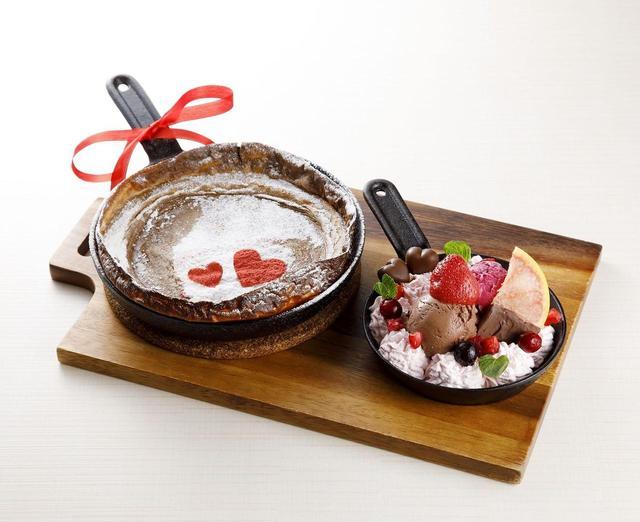 画像: ■パンネクックとは パンネクックとは、薄く焼いた生地とモチモチした食感が特徴的な、水の都オランダ・ロッテルダム生まれのパンケーキです。生地は直径30センチ程度のものが一般的でパンケーキにしては大きめ。 MIZUcaféのパンネクック生地は、もち粉や醤油を使用しており、どこか懐かしい味わいがあるのが特徴。また、シナモン、ナツメグ、クローブ等の数種類のスパイスを練りこみ、後味引く味わいに仕上げました。