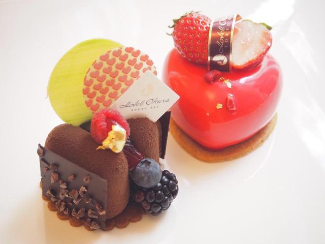 画像: ■モンプティ・ショコラ チョコレートのムース。ラズベリーの酸味がチョコレートの甘さを引き立てる大人のスイーツです。 ■クール・ド・フレーズ ハートの形が可愛らしい苺のムース。中には苺のジャム、練乳のババロア、アーモンドのビスキュイを忍ばせ、艶やかな苺とチョコレートのグラッサージュでコーティングしました。