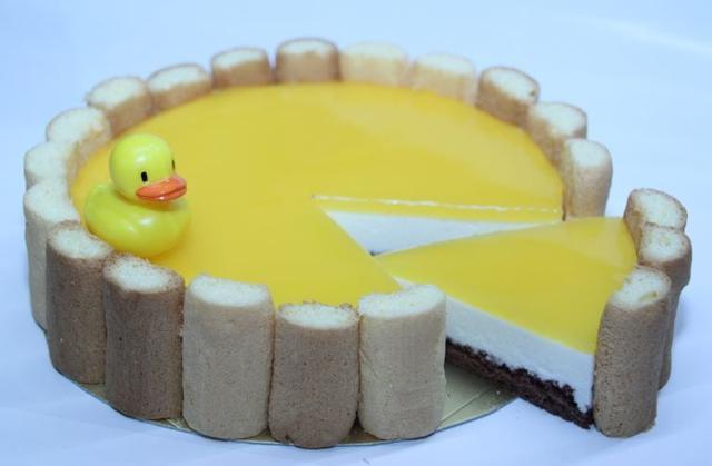 """画像2: 愛媛のみかん風呂にアヒルが浮かぶ""""桶チーズケーキ""""「喜助の湯」"""